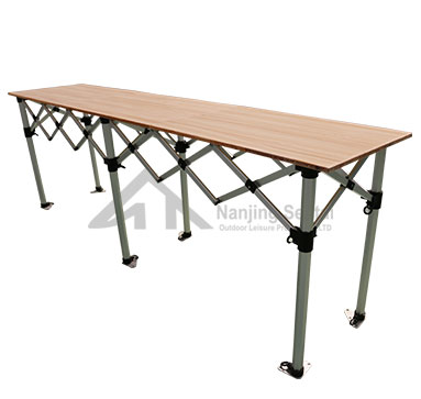 What Are The Advantages Of A Folding Table?